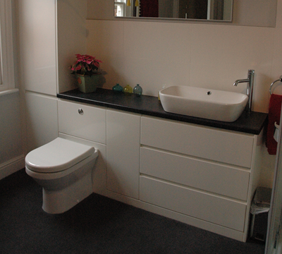 fitted bathroom suite