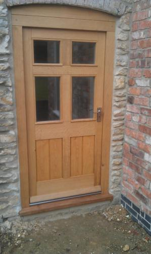 Lacquered solid wood exterior door